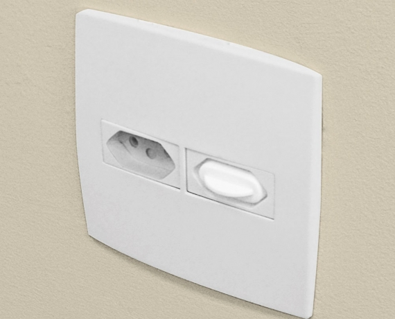 Socket Cover with Handle