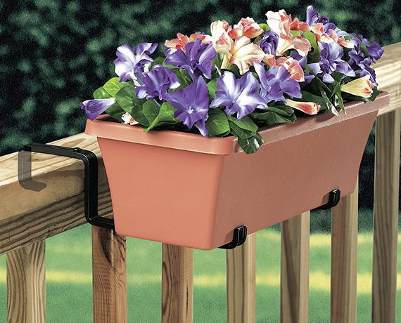 Planter Holder with Adjustable Arm